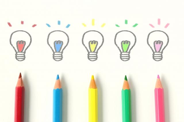 色鉛筆,電球,イラスト