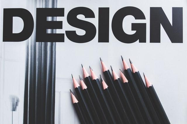 デザインの文字とペンシル